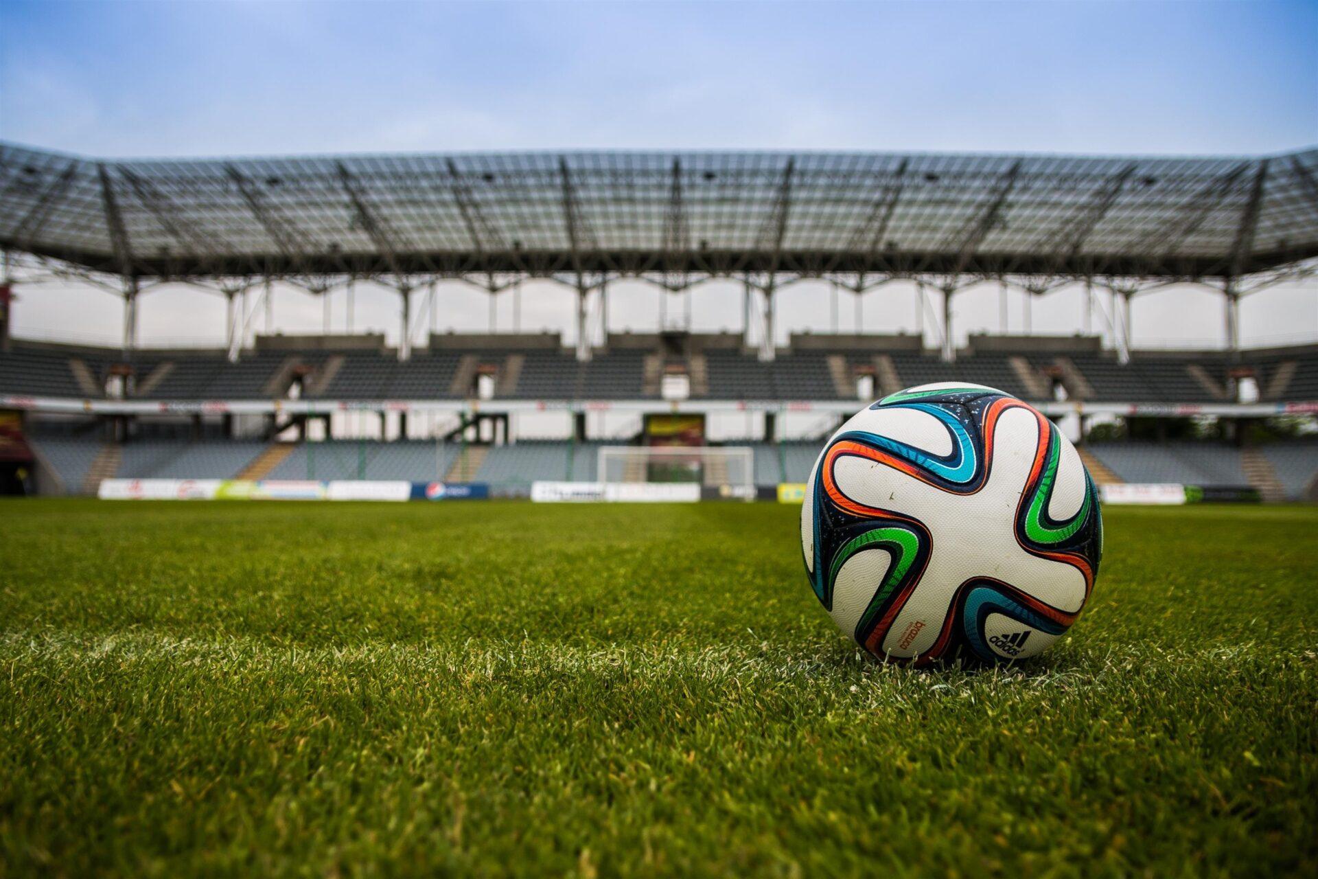 Fans & Broadcasters vs The European Super League